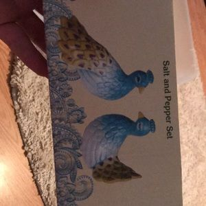 Peacock salt and pepper shakers